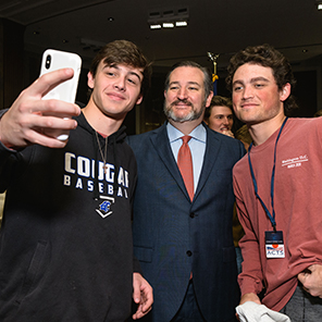ted cruz with students